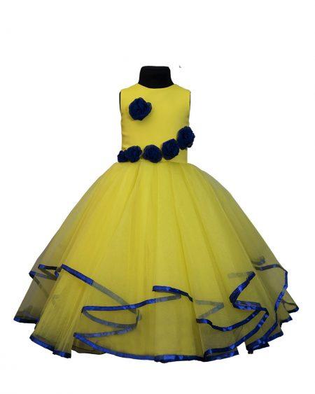 O rochie de copii ce teb poate face fericita